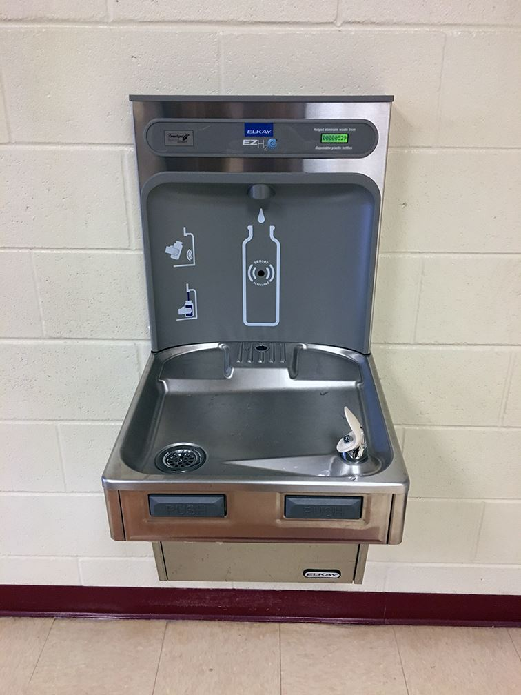 New drinking fountain at Jefferson Elementary School